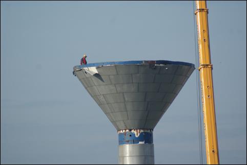 Sulechów - rozbiórka wieży ciśnień