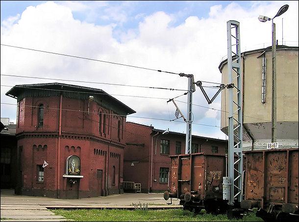 TarnowskieGory_lokomotywownia_2wieze_GK_2008