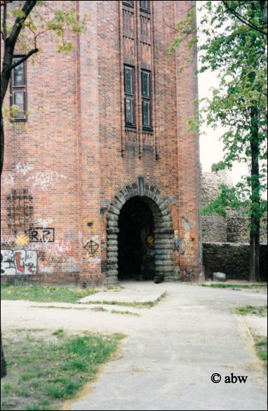 DZIERŻONIÓW 04.05.2001